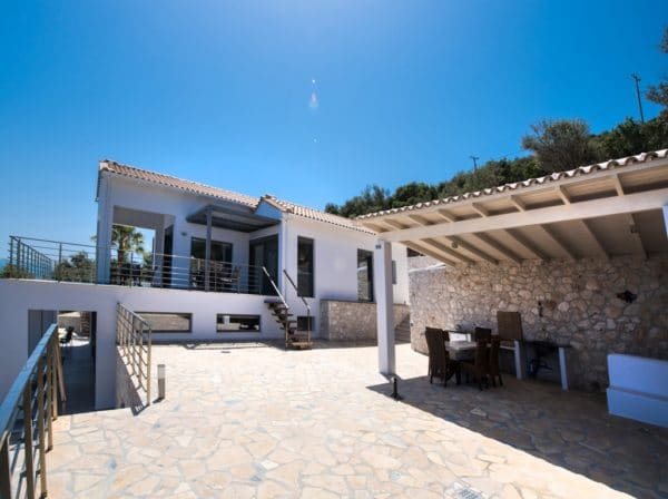outdoor kitchen Villa Lefkas