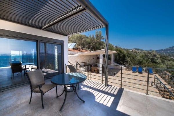Balcony and outside kitchen Villa Lefkas